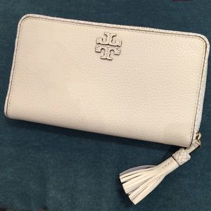 Tory Burch Taylor Zip Continental Wallet New Ivory